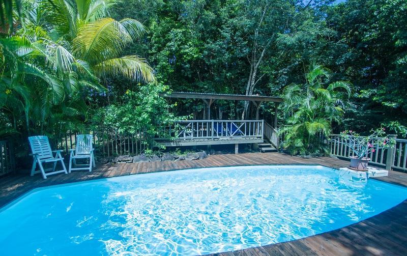 Location de g te deshaies en guadeloupe au jardin des for Au jardin des colibris deshaies guadeloupe